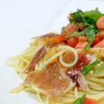7月のお・も・て・な・し 生ハムとトマトの冷製パスタ 通常700円を550円
